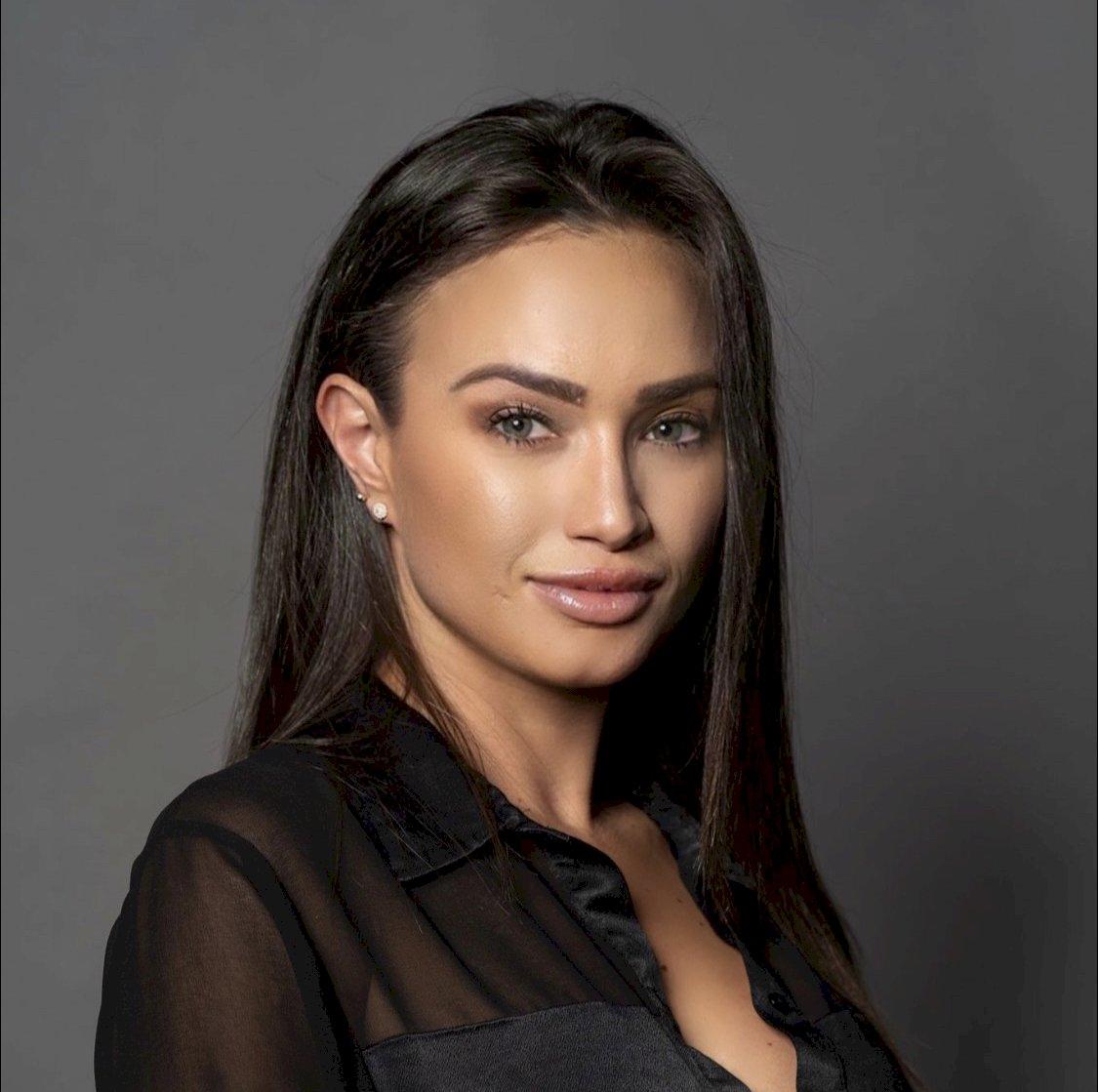 Chrissy Paulick - Real Estate Sales Associate