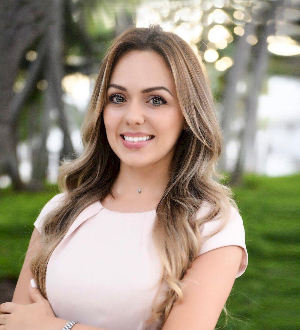 Gabriela Queiroz Pires