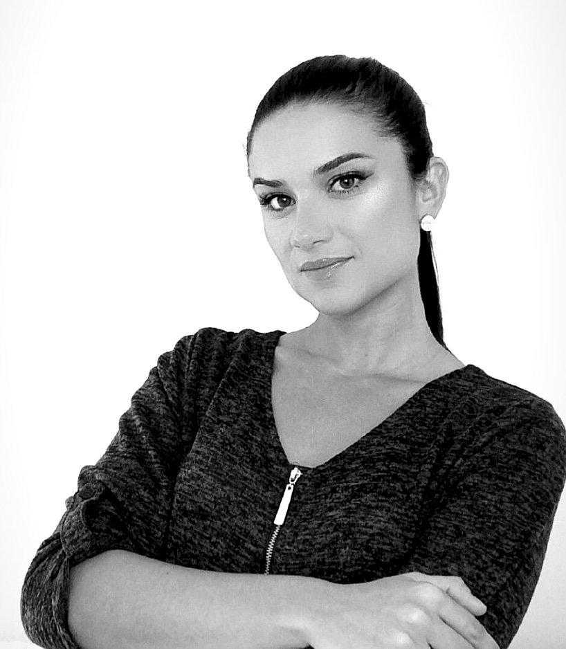 Isabela Faria - Licensed REALTOR®